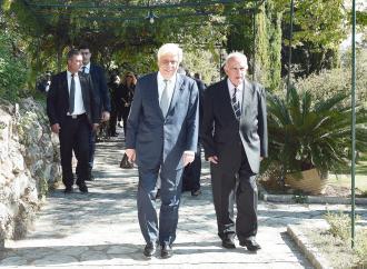 Παυλόπουλος: Συμπεριφορά διεθνούς τυχοδιωκτισμού στις σχέσεις Τιράνων - Πρίστινας