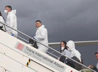 Αλβανοί υγειονομικοί, εθελοντές στην Ιταλία
