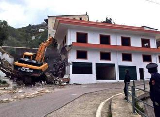 Η υπόθεση της οικογενείας Ντούνη (Χιμάρα) στην Αλβανική Βουλή