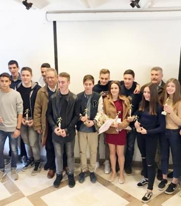 Hellenic Athletics Federation presents awards to top Corfu athletes