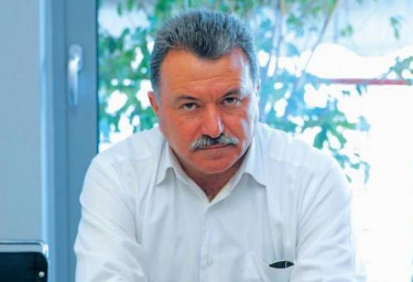 Θ. Γαλιατσάτος προς ΝΟΔΕ Κέρκυρας: Είστε επικίνδυνα αδαείς