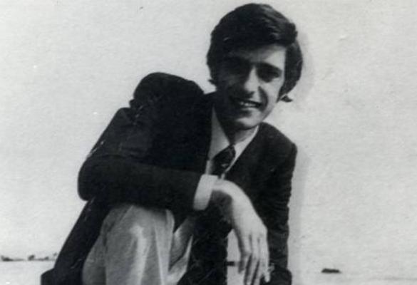 Σαν σήμερα το 1970 αυτοπυρπολείται σε ένδειξη διαμαρτυρίας ο φοιτητής Κώστας Γεωργάκης