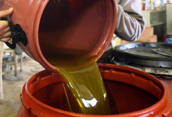 Κινείται προς τα 4 ευρώ το κιλό το ελαιόλαδο - 3,85 σε Λακωνία και Σητεία