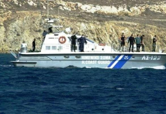 Boat with migrants intercepted in Paleokastritsa