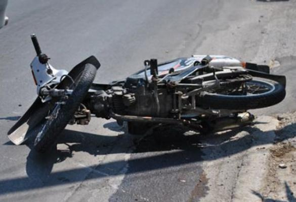 Motorcyclist, 28, in Intensive Care with serious injuries following road accident in Messonghi