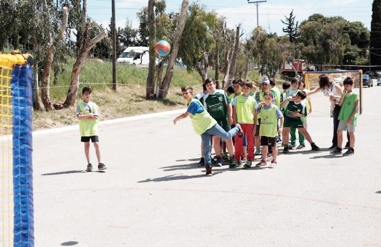 44e146f3d32 «Be active for yourself, be active for others – Bring your friends to  play». This is the slogan for the Open Street Handball games that will take  place in ...
